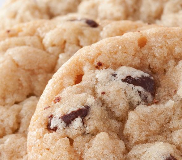 choc-chunk-cookies-closeup